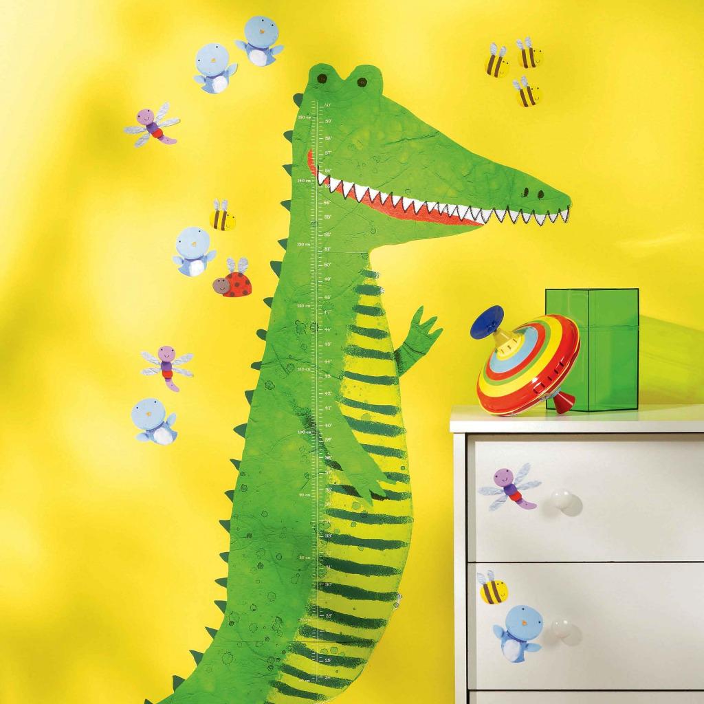 wandsticker messlatte gro es gr nes krokodil kinderzimmer. Black Bedroom Furniture Sets. Home Design Ideas