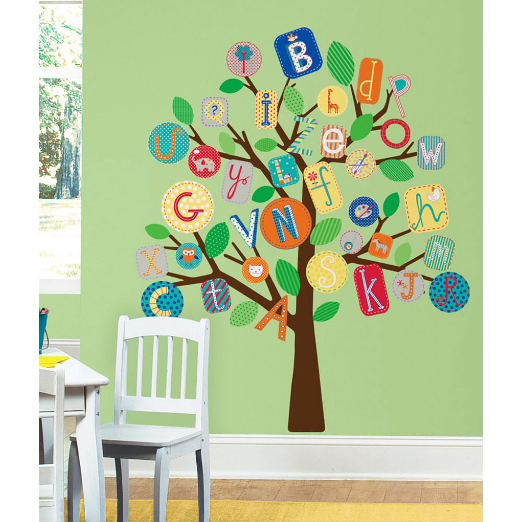 roommates wandsticker baum buntes alphabet kinderzimmer. Black Bedroom Furniture Sets. Home Design Ideas