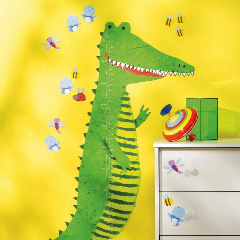 Wandsticker Messlatte großes grünes Krokodil