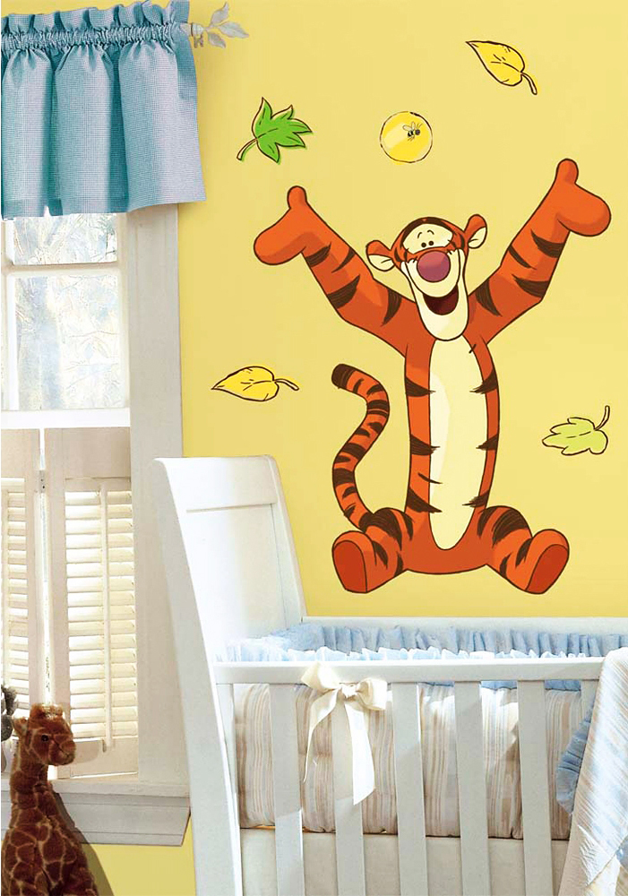 roommates wandsticker wandbild winnie the pooh tigger ca 65 4cm x 80cm www 4. Black Bedroom Furniture Sets. Home Design Ideas