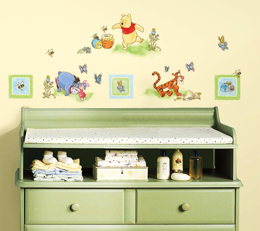 roommates wandsticker wandtattoo disney winnie pooh und seine freunde www 4. Black Bedroom Furniture Sets. Home Design Ideas