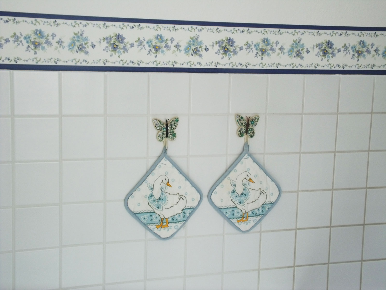 Wand Tapeten Selbstklebend : Bord?re Tapeten Borte violette Blumen Bl?ten selbstklebend /4,00