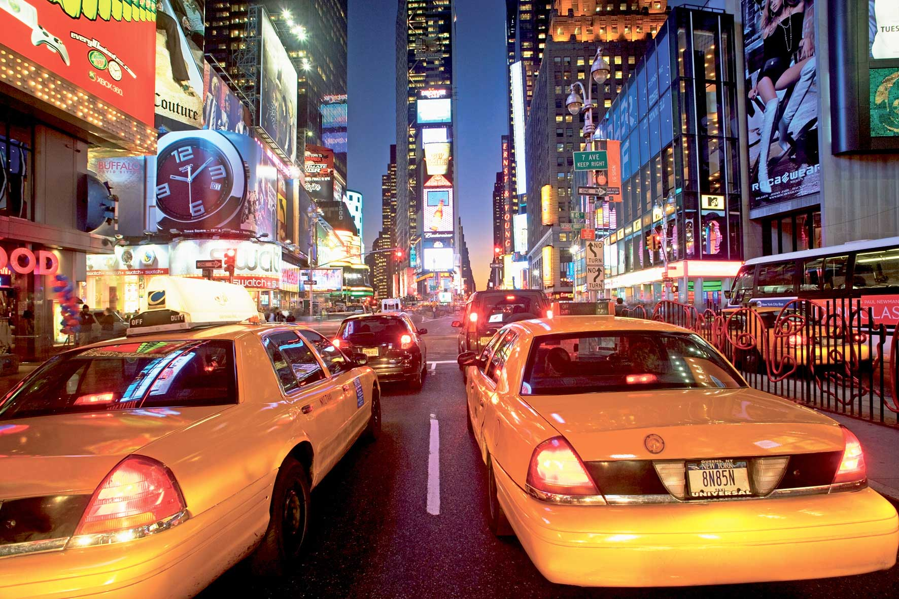wandbild new york taxi am times square fototapete 4 teile. Black Bedroom Furniture Sets. Home Design Ideas