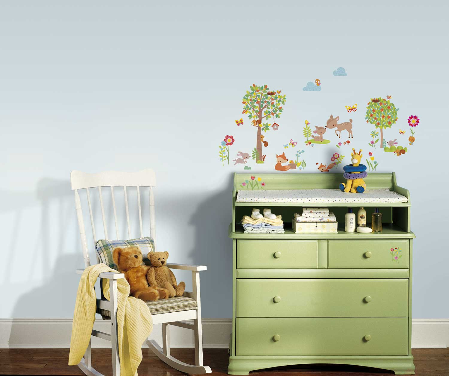 roommates wandsticker tiere des waldes babyzimmer kinderzimmer. Black Bedroom Furniture Sets. Home Design Ideas