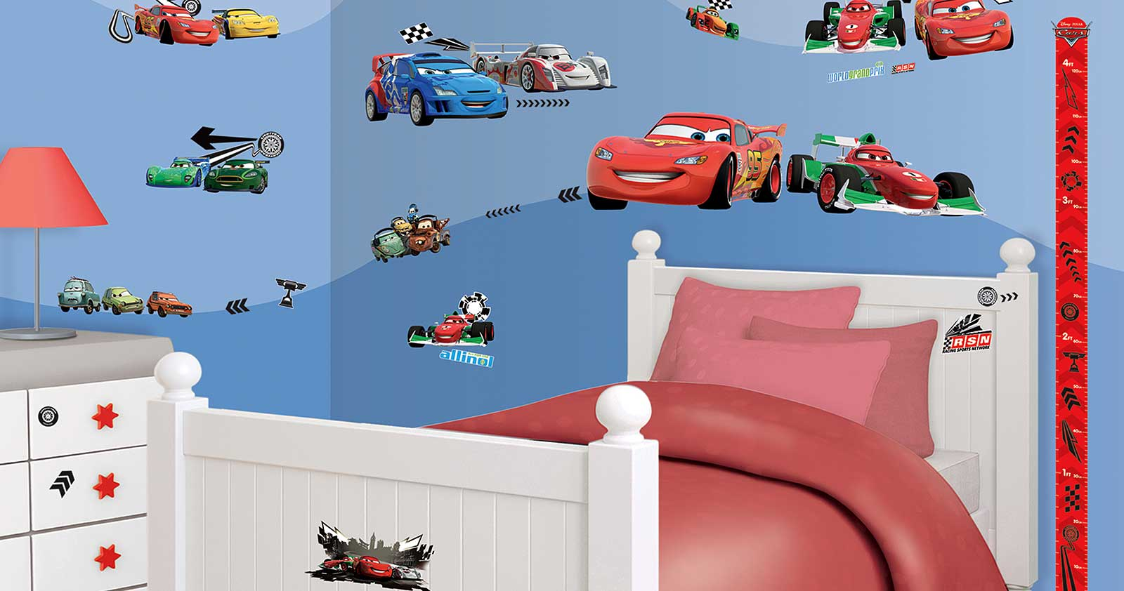 Wandtattoo disney pixar cars auto walltastic wandsticker for Cars kinderzimmer