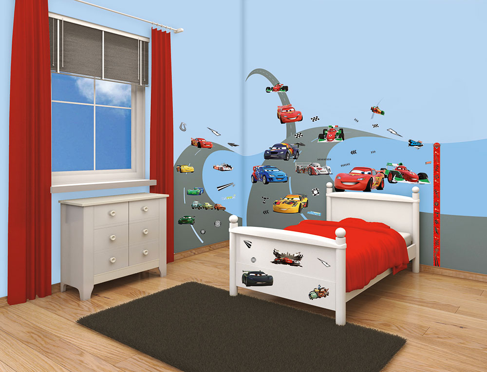 walltastic wandsticker kinderzimmer disney pixar cars lightning mcqueen www 4. Black Bedroom Furniture Sets. Home Design Ideas