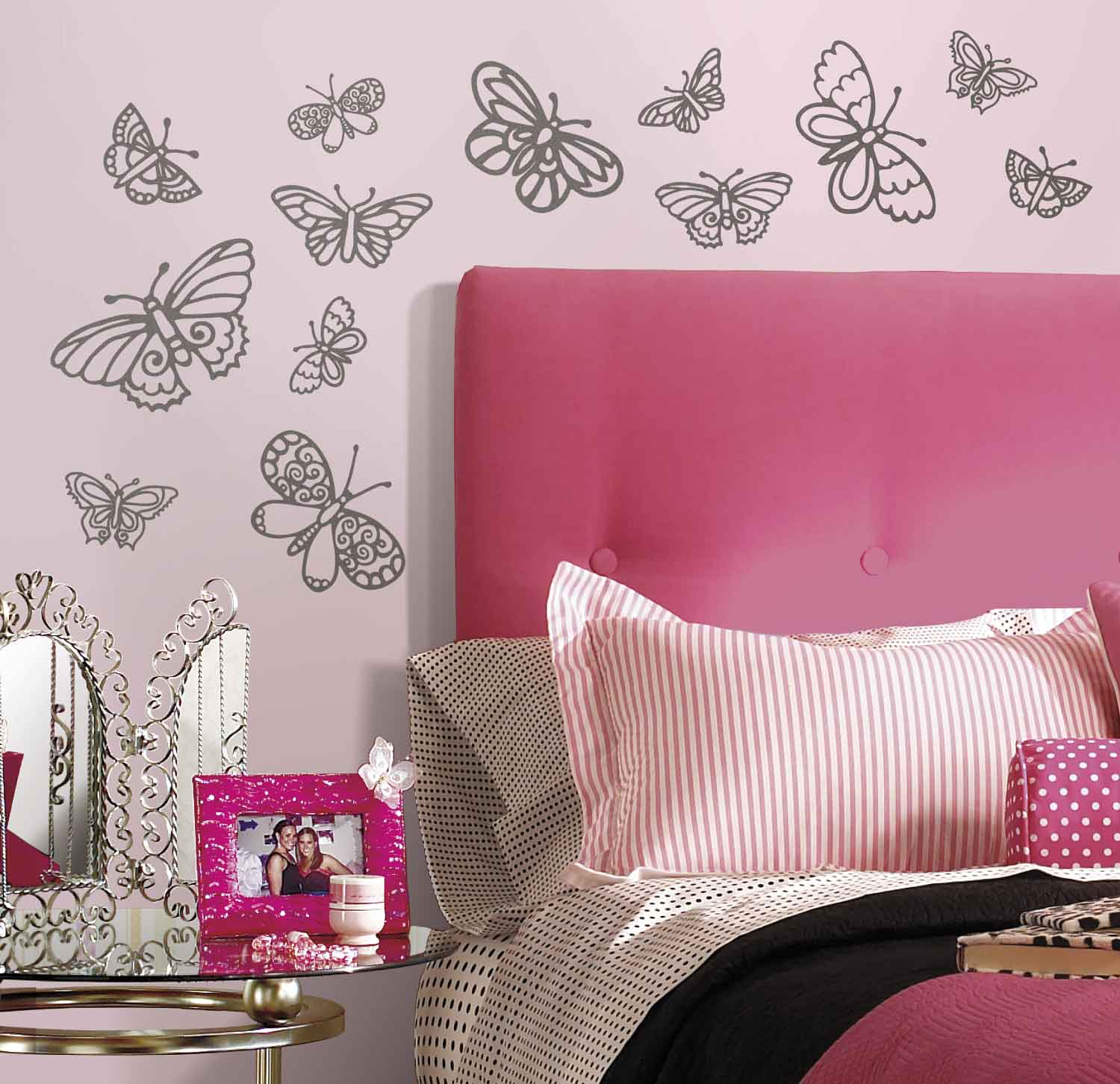 roommates wandsticker glitzer schmetterlinge wohnzimmer. Black Bedroom Furniture Sets. Home Design Ideas