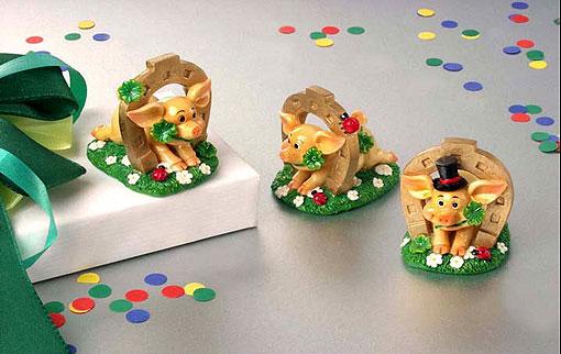 amsinck sell gl ckschweinchen mit hufeisen zum aufkleben 3er set www 4. Black Bedroom Furniture Sets. Home Design Ideas