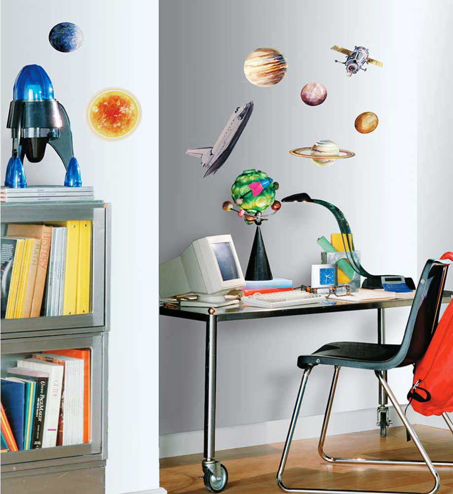 roommates wandtattoo wandaufkleber wandsticker planeten weltall www 4. Black Bedroom Furniture Sets. Home Design Ideas