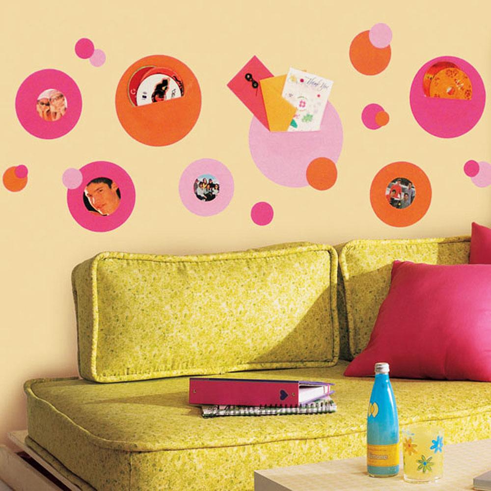 Roommates wandsticker wandtaschen fotohalter pink orange for Wandsticker jugendzimmer